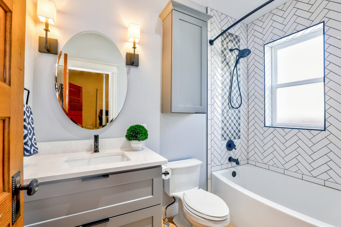 10th Day of Blogmas – The benefits of vinyl flooring for your bathroom